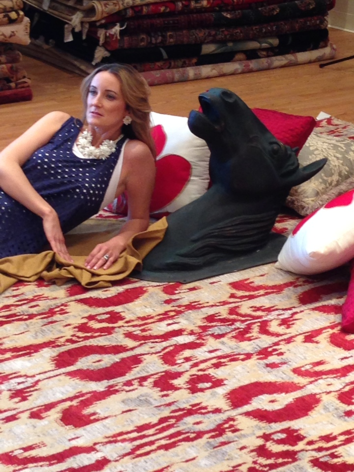 A horse head, a rug and me. A love story.