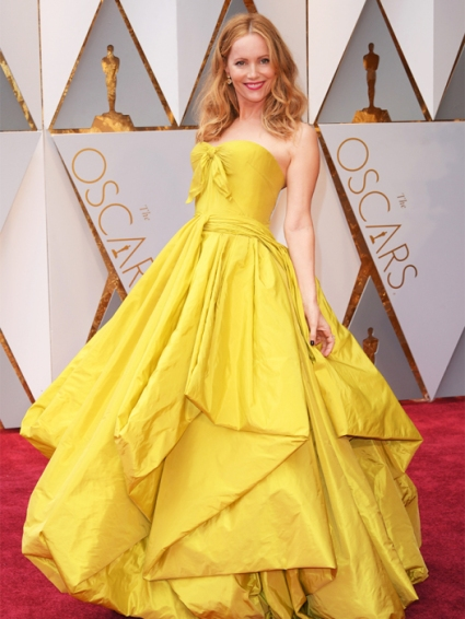 Mandatory Credit: Photo by David Fisher/REX/Shutterstock (8434880bb) Leslie Mann 89th Annual Academy Awards, Arrivals, Los Angeles, USA - 26 Feb 2017