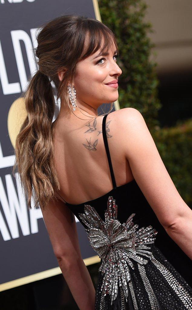 Dakota-Johnson-Gucci-Dress-Golden-Globes-2018